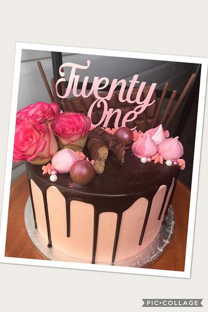 21 Drip Cake